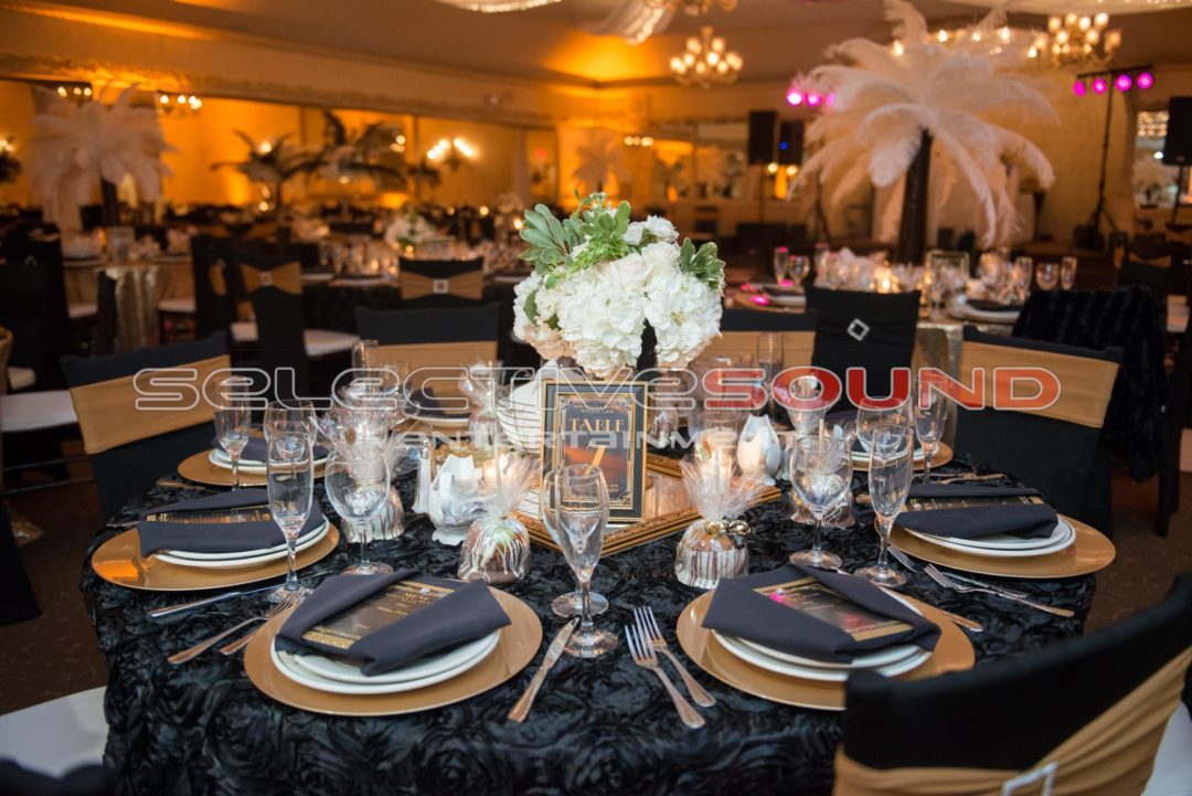 Table setting for a Great Gatsby themed wedding