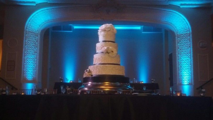 cleveland wedding catering, cleveland dj, wedding catering dj