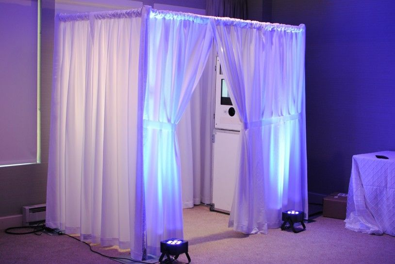 draped photo booth, cleveland wedding booth, photo booth, wedding photo party, cleveland wedding, ohio wedding photo, cleveland wedding dj