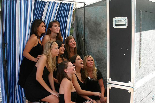 open air photo booth, cleveland photo booth, bridesmaids, photo party, wedding dj, wedding entertainment, cleveland wedding dj