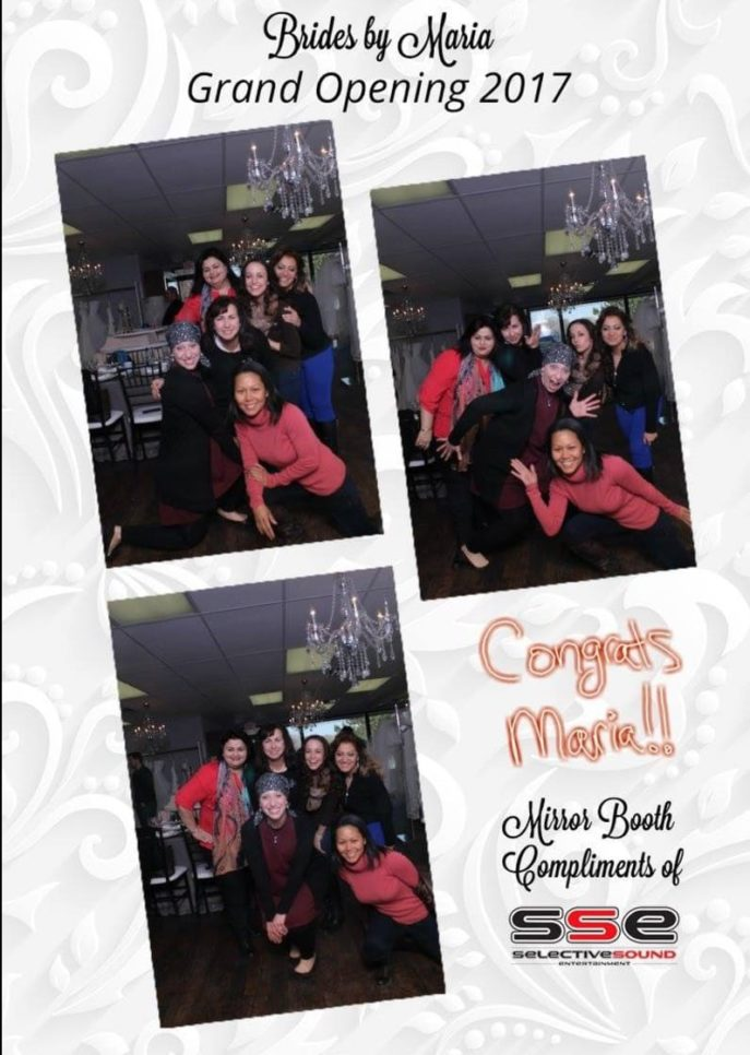 Cleveland mirror booth example with bridal planners in cleveland ohio