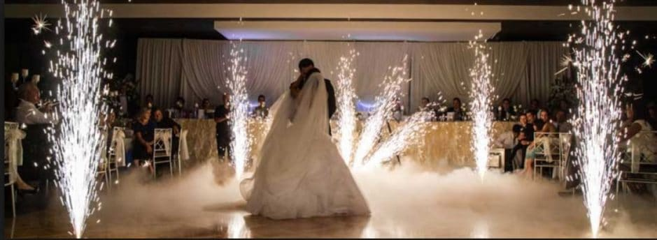 indoor sparkular during bride and groom first dance