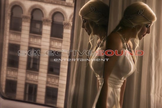 amazing photograph of bride by Spencer photography